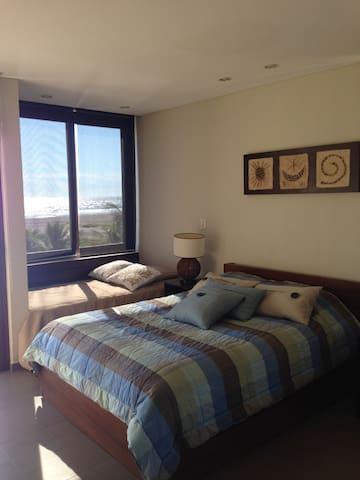 Bedroom 3 - Ocean view