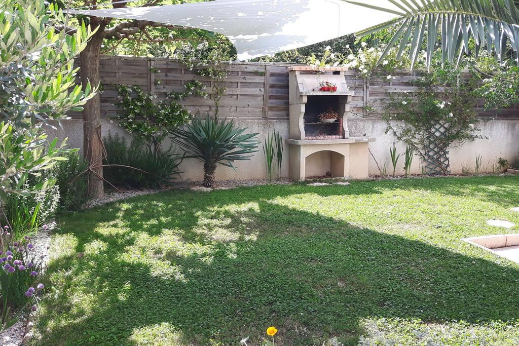 Joli appartement avec jardin appartements louer for Appartement a louer avec jardin bruxelles
