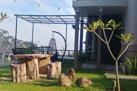 S.A.L.T. House - Cozy home for rent at Sentul