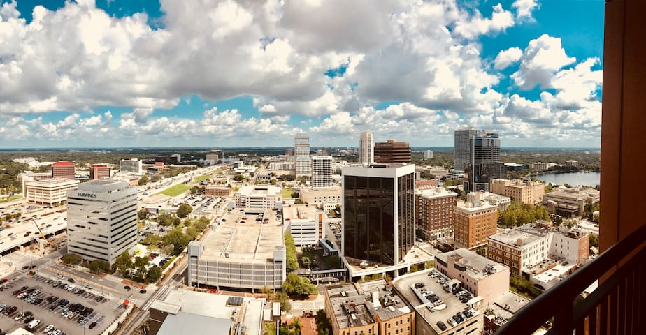 Breathtaking stay in the heart of Downtown Orlando