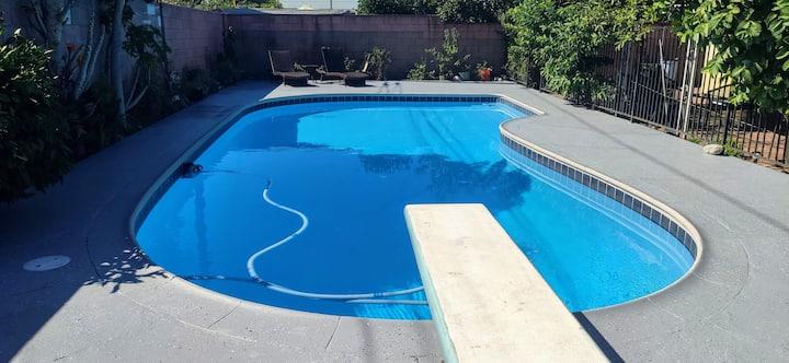 Covina Mini Resort Pool House
