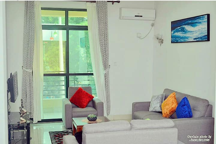 Yoshua Apartment, Cité Kin Oasis**** (Secured)