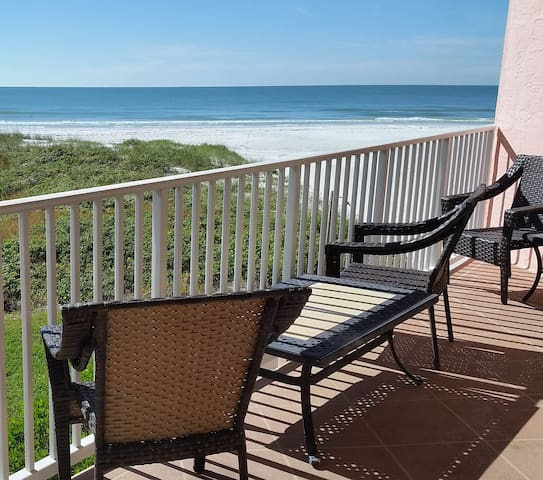 Beach Beauty FAB view 2 bdrm