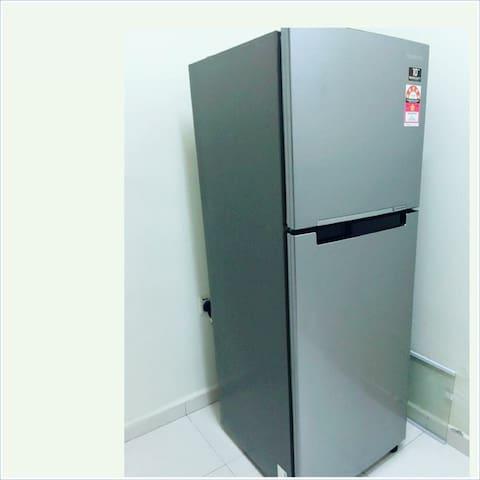 new 2doors refrigerator brand SAMSUNG