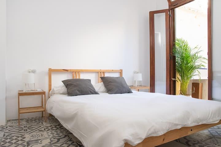 Cozy habitación para 2-4 en Ruzafa, casa de 1910