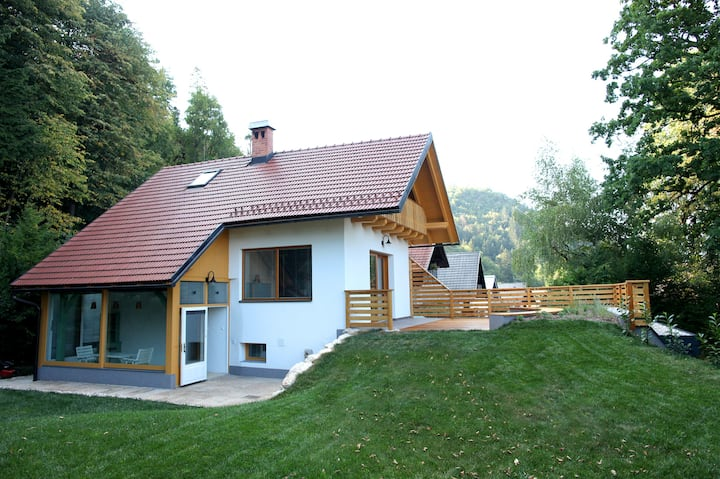 Forest Aria*** apartment with beautiful garden