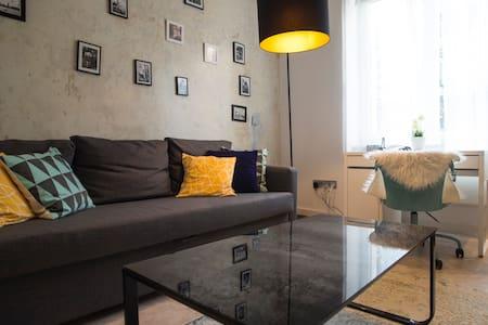 MY FABULOUS HOME &great location! - Budapeste - Apartamento