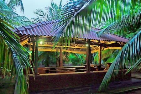 Heina Natura Resort & Yala Safari 1 - Yala - Almhütte
