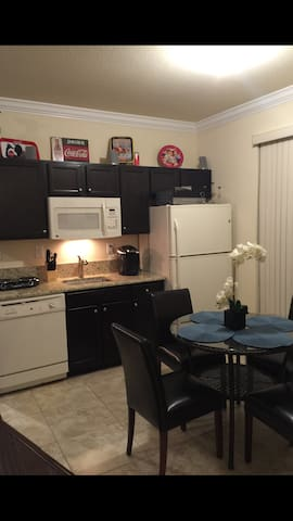 Cozy 2BD Apt/suite..Just like home! - Homestead - Apartamento