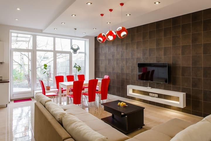 новый дом в самом сердце Одессы