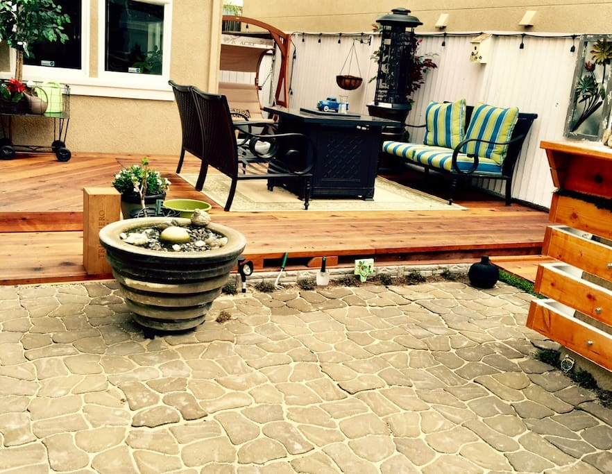 Welcome to our home. Enjoy the courtyard, fire pit, water fountain with a glass of wine!