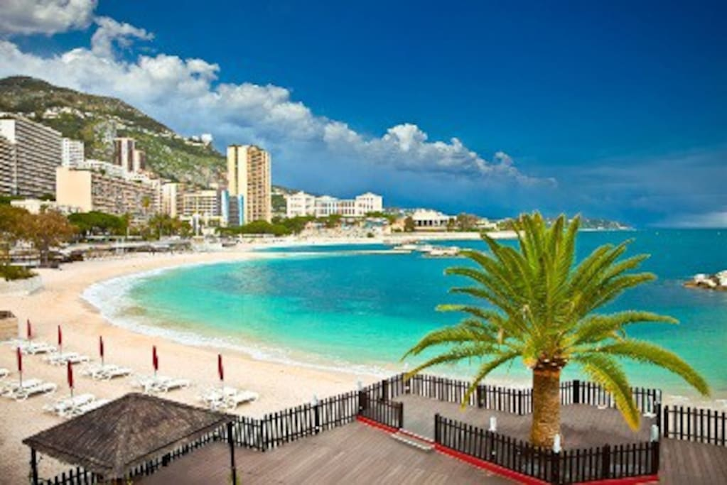 Larvotto Beach, Monaco