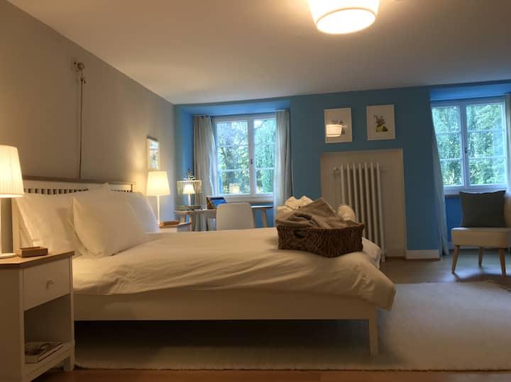 Das blaue Zimmer der Villa Jakobsbrunnen