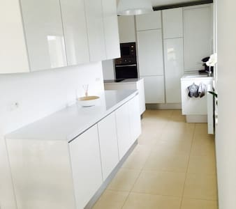 Spacious&bright duplex -2bedrooms - Aubange - อพาร์ทเมนท์
