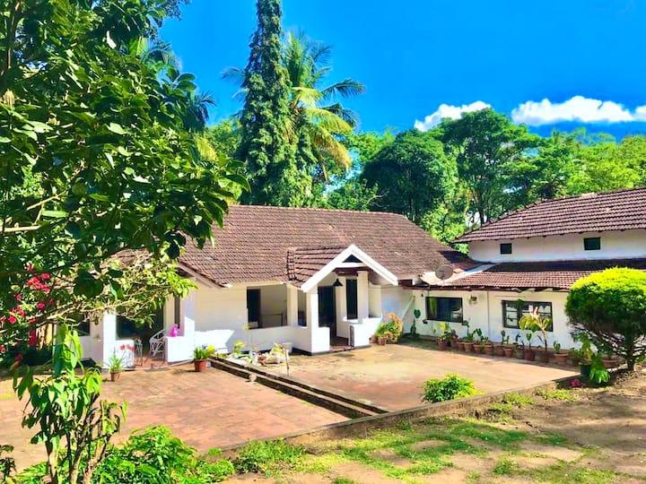 Ram Nivas Estate - Private Room