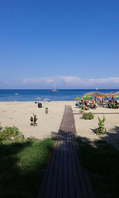 The beach of Skala infrond of Mandola studios!