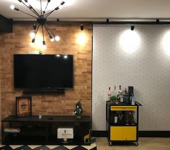 Studio em Guarulhos ao lado do Shop Maia