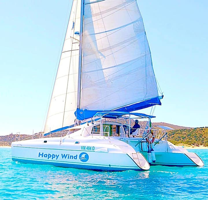 Happy Wind Vip Hotel Boat