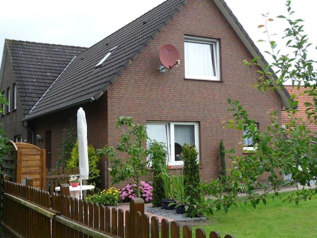 FeWo (68qm) mitten in Ostfriesland! - Großefehn - Rumah