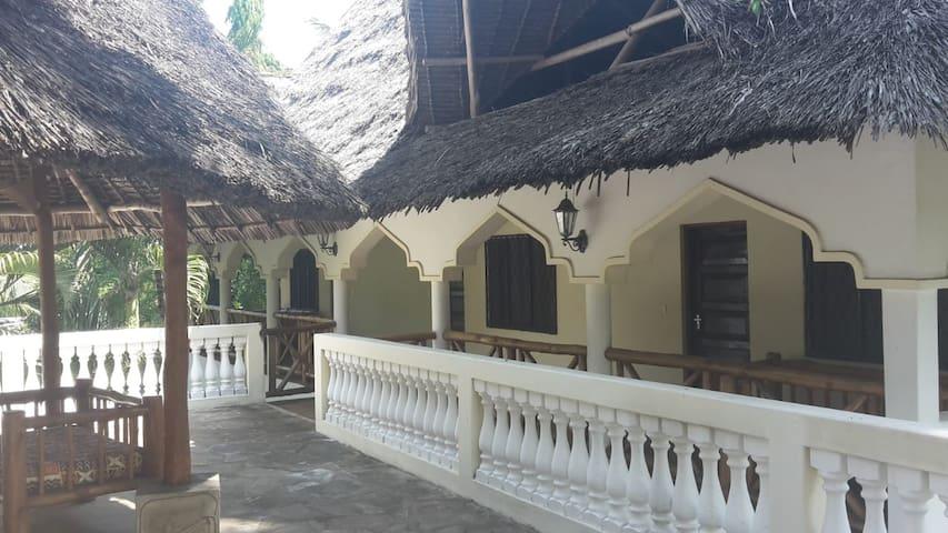 Serene, Safe & Peaceful Guest House-McChally Villa