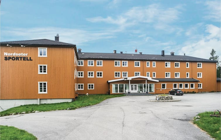 Holiday apartment with 3 bedrooms on 97 m² in Lillehammer