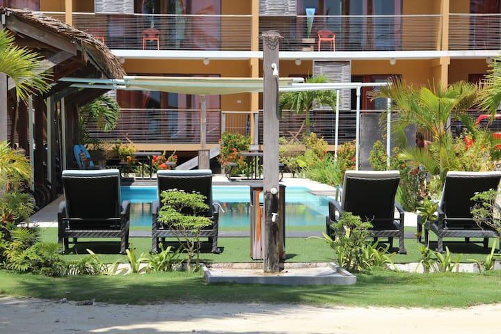 1Bedroom Beach Front Apartment - General Luna
