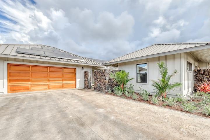 Brand new family-friendly home w/mountain views, lanai, and near the ocean!