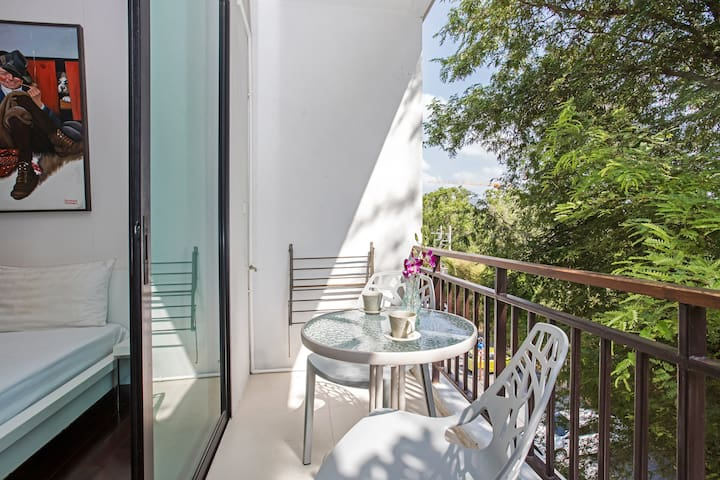 画中公寓-完美的拉威海滩💮Title