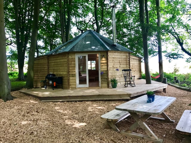 The Woodpecker Tree Temple heated cabin
