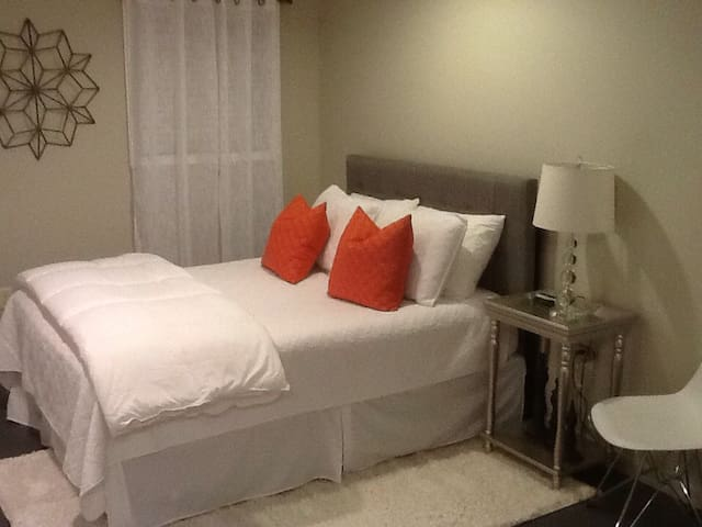 Cozy Studio Apartment - Lake Charles - Pis