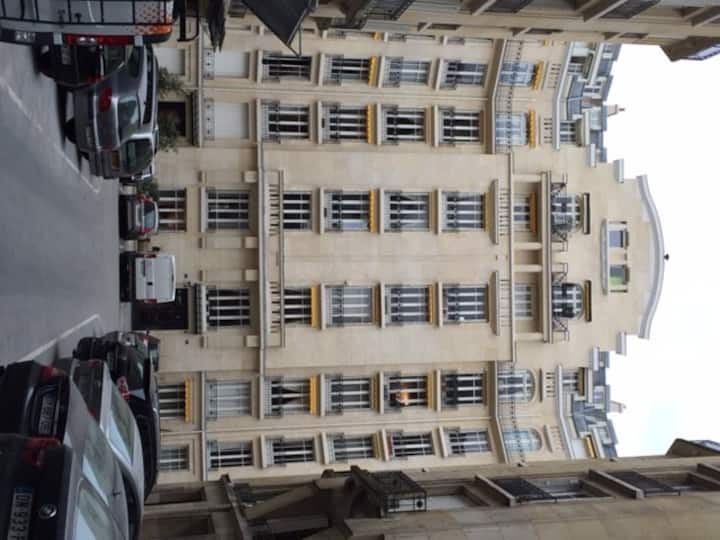 Service room 9 m2 , Trocadéro