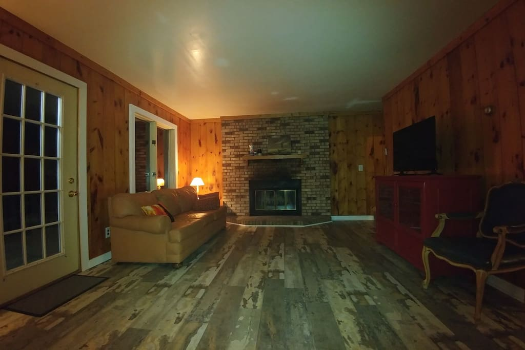 The chalet vacation homes for rent in thompsonville for Iron fish distillery thompsonville mi