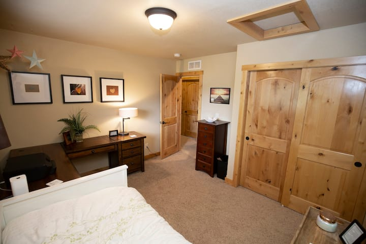 The Perfect Room for Extended Stays /Travel Nurses
