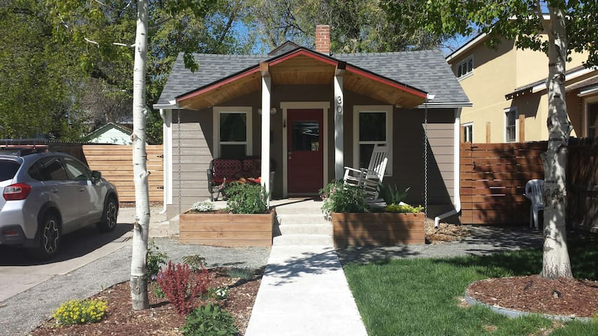 1903 Historical Old Town bungalow - Fort Collins - Hus