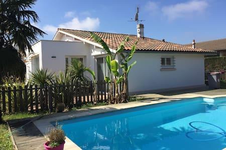 Maison avec piscine privée - Saint-Paul-lès-Dax - Дом
