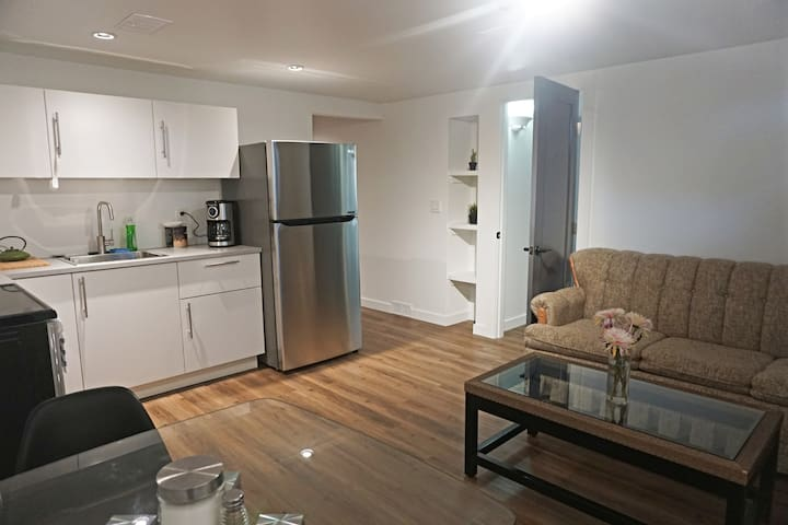 Modern suite in the heart of Saskatoon!!!