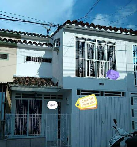 Habitación privada sencilla+ baño compartido