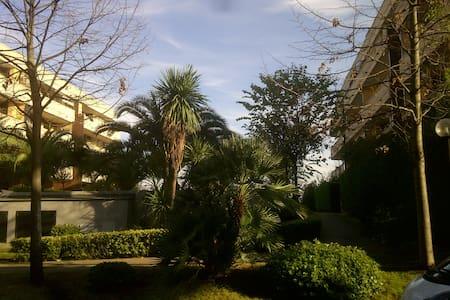Delizioso attico con terrazzo - Рим