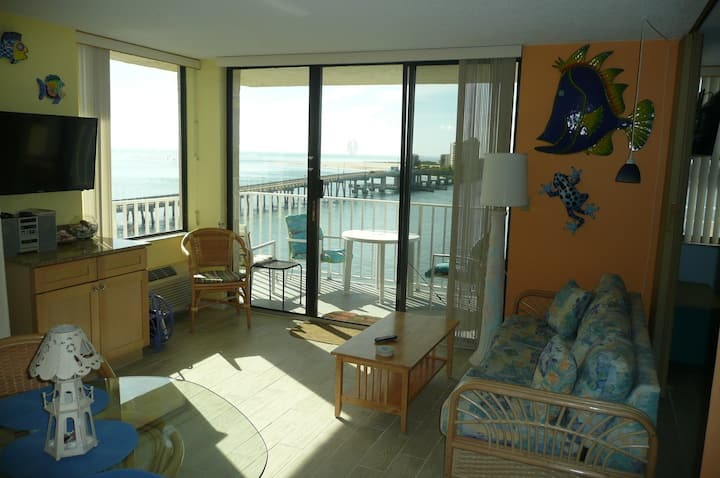 Romance! Awesome Beach & Views! 5 Stars Free Kayak