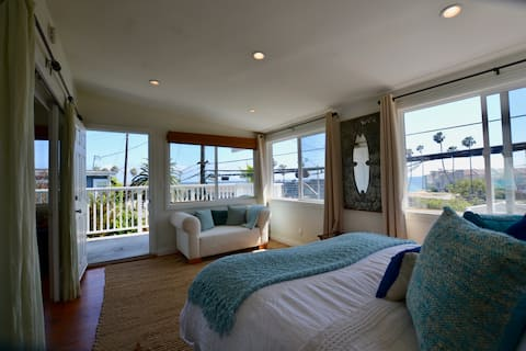 Malibu Ocean View Home in Amazing Location