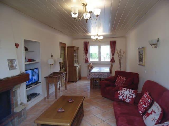 Maison pour 4 personnes - Anould - Haus