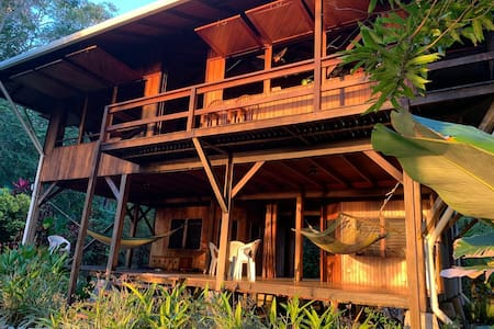Beach-front Eco Home! Tree House feel at Casa Dos Rios