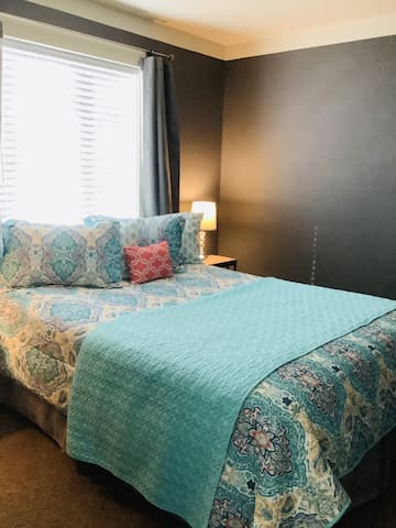 NEW Cozy Suite - Minutes to Smith Rock