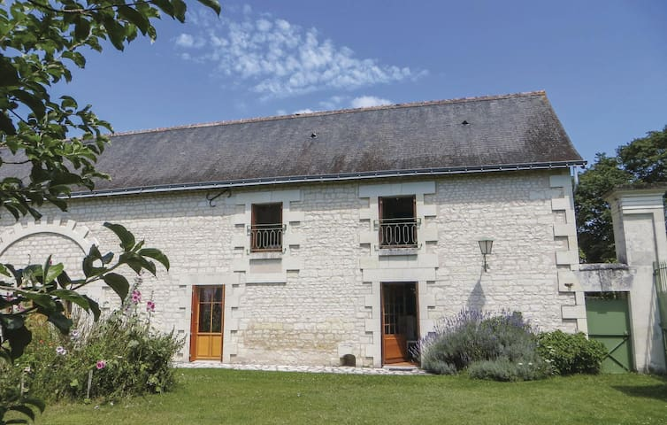 Holiday cottage with 3 bedrooms on 97 m² in Ligre