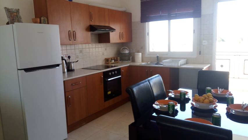 Sweet Holiday low budget apartment - Yeroskipou - Appartamento
