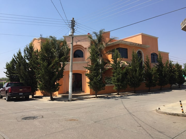 Bonita Casa tipo Residencial en Calera.
