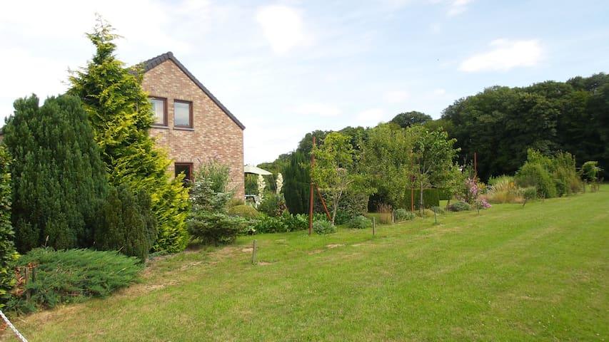 Jardin de Francine - Couvin - Apartment