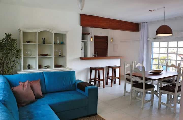 Apartamento amplio y luminoso a 300m de la playa.