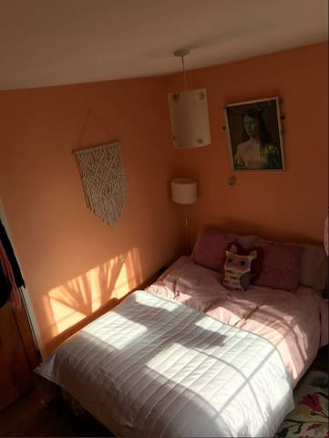 Lovely and quiet double room in vibrant Clapton