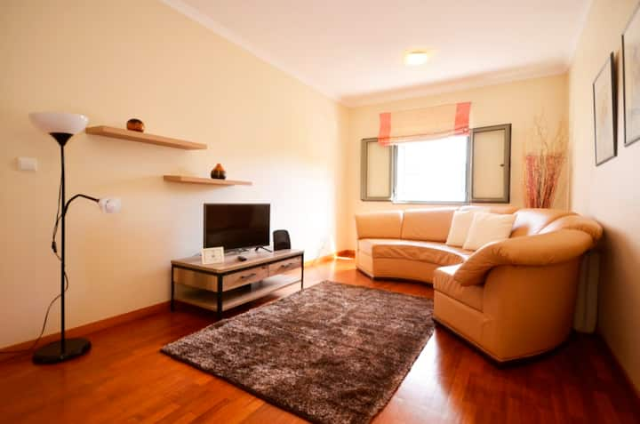 Amparo Cosy Second Floor Beach Apartment!